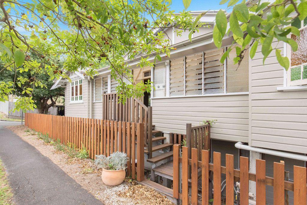 Light Filled Home in Kelvin Grove