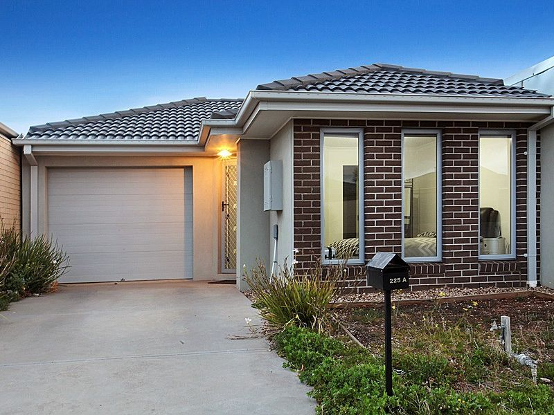INVEST IN BEST LOCATION IN TARNEIT