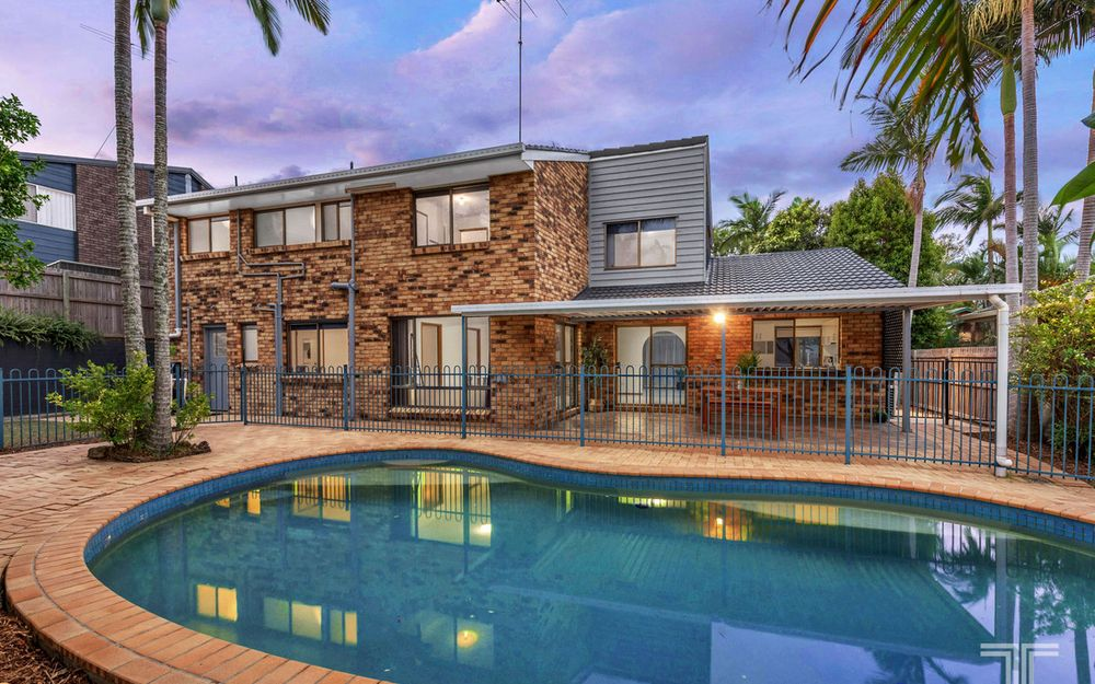 Easy Care Living in Spectacular Precinct