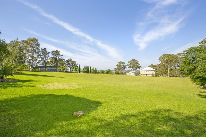 The parcel of land that ticks all the right boxes! - Country