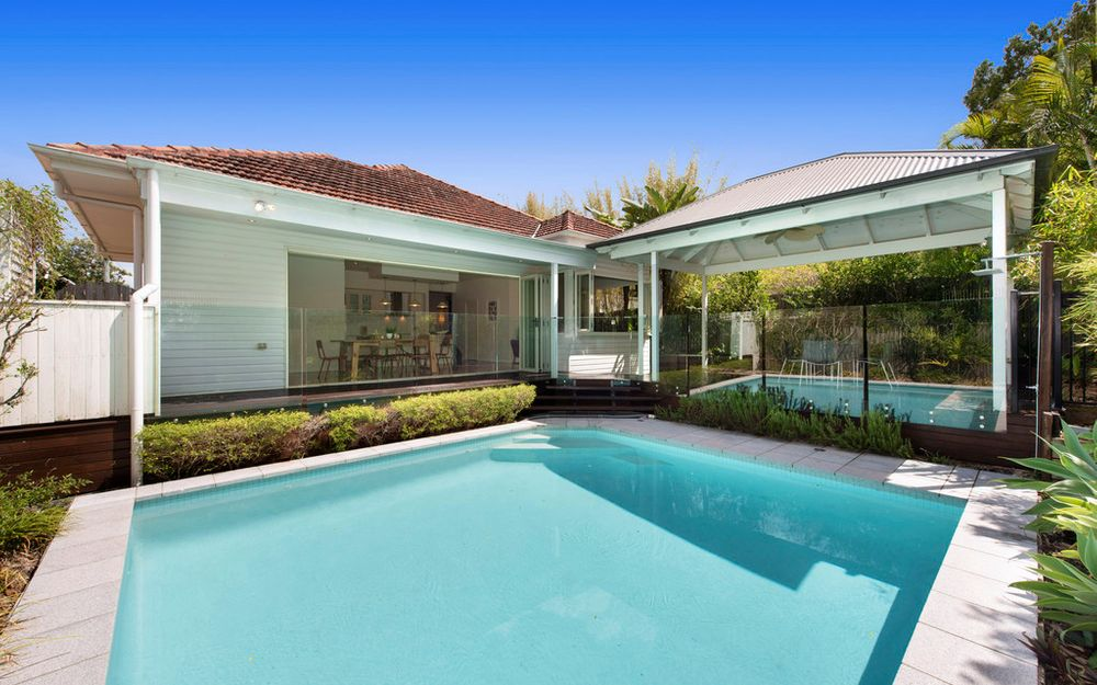Style and Poolside Spaciousness