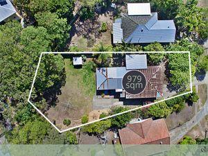 979 Reasons To Buy This Property.  Rare 979sqm block!!
