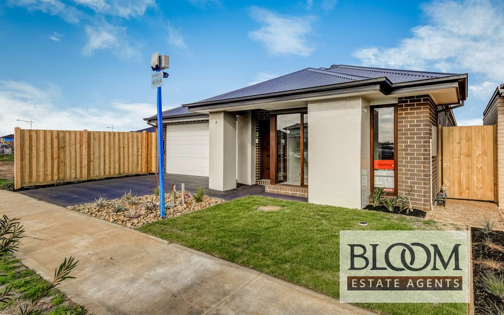 Brand New Henley House in ST CLAIRE ESTATE !! Call RAVI now 0451000734