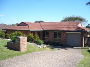 BANORA HOME IN A QUIET FAMILY LOCATION