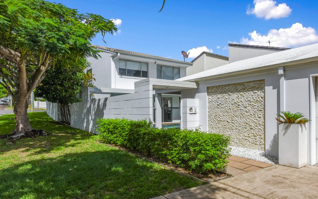 Ideal Low Maintenance Family Home
