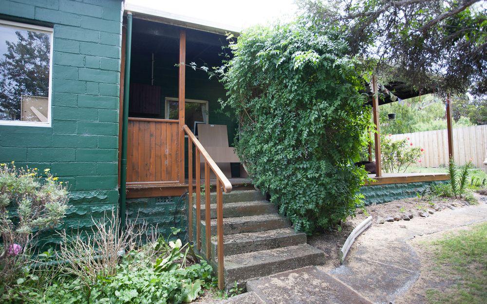 Serene Blackmans Bay Cottage