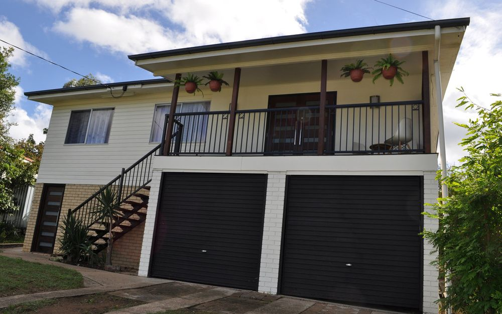 Entertainers Delight & Ideal Family Living