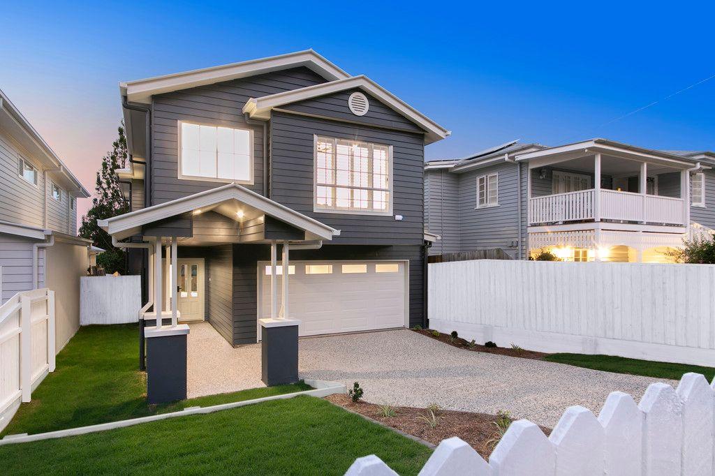 Impeccable Hampton's Inspired Home
