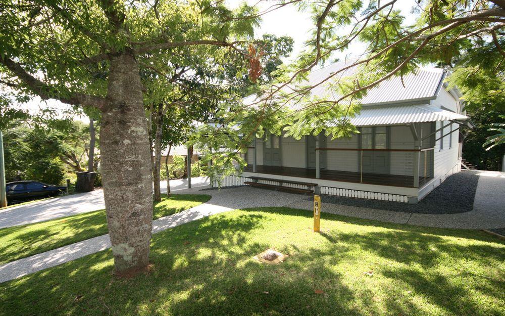 Queensland Charm in Pomona