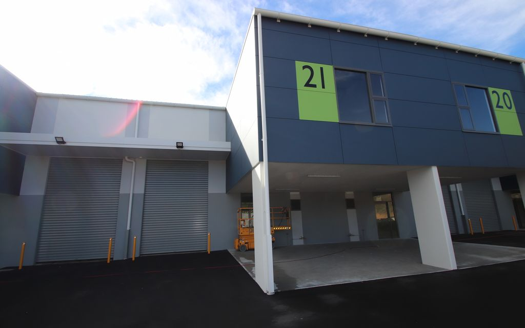 BRAND NEW INDUSTRIAL UNIT PARK  –