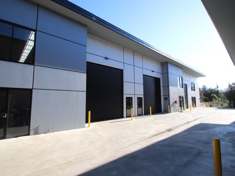 NEW INDUSTRIAL WAREHOUSE UNIT