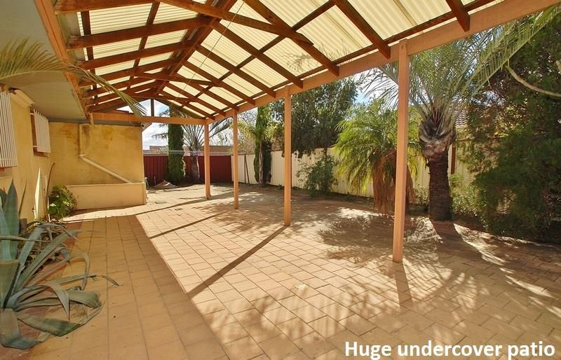 Large home close to transport , Dianella Plaza S/C and schools
