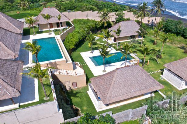 Luxurious Beachfront Freehold Villa