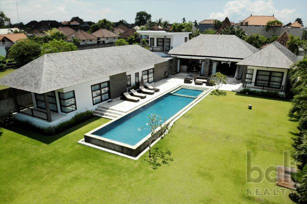 Luxury  Private Large Family Home
