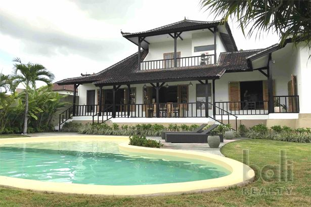 Charming Family Villa In Sought – After Canggu