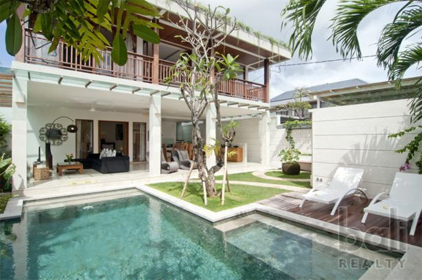 A Perfect Balance – Lifestyle Rental Villa