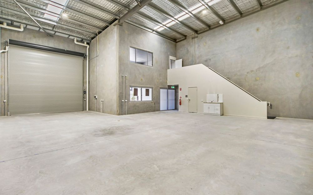 Brand New Quality Warehouse In Central Location