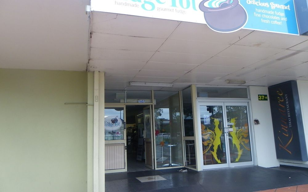 IDEAL FOR A FOOD OPERATOR ON MAIN STREET OF BRIBIE ISLAND