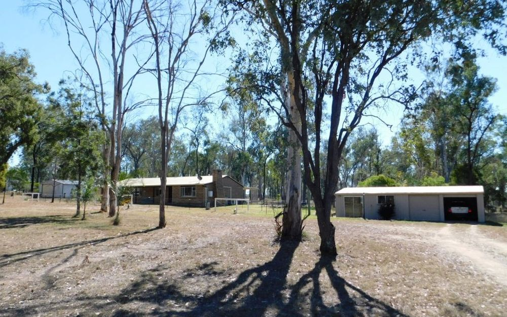 FIVE ACRES, TOWN WATER, MINUTES FROM TOWN