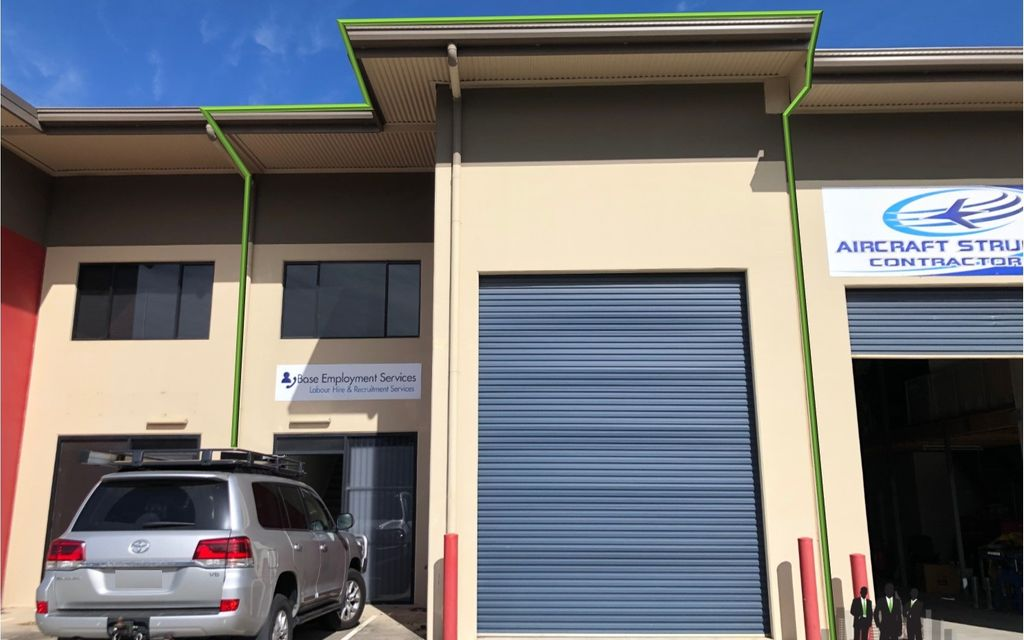 GREAT Warehouse/Office Opportunity Within Tightly-Held Complex