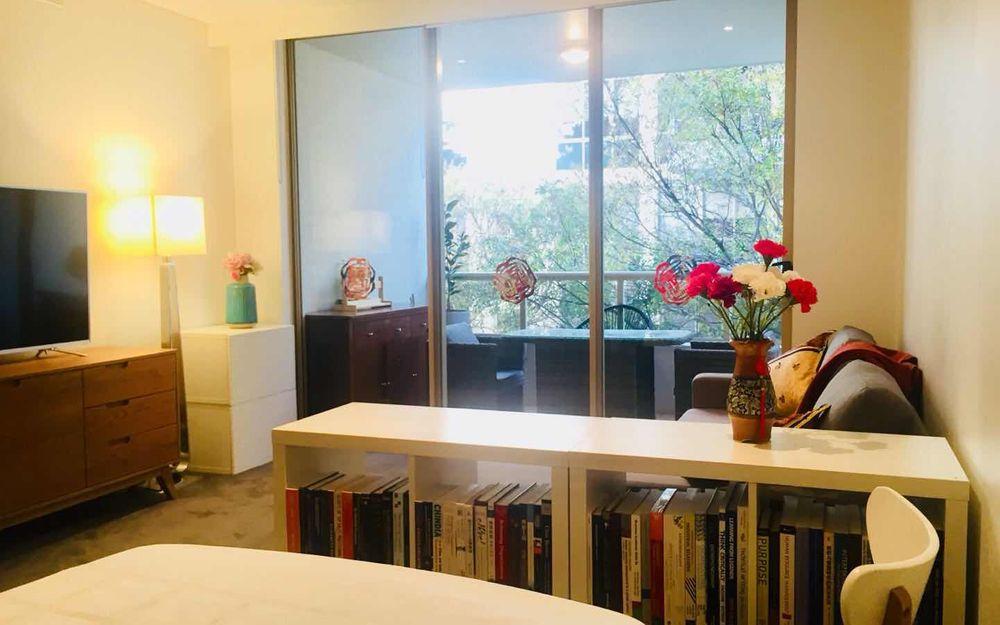 Modern & furnished 1 bedroom apartment