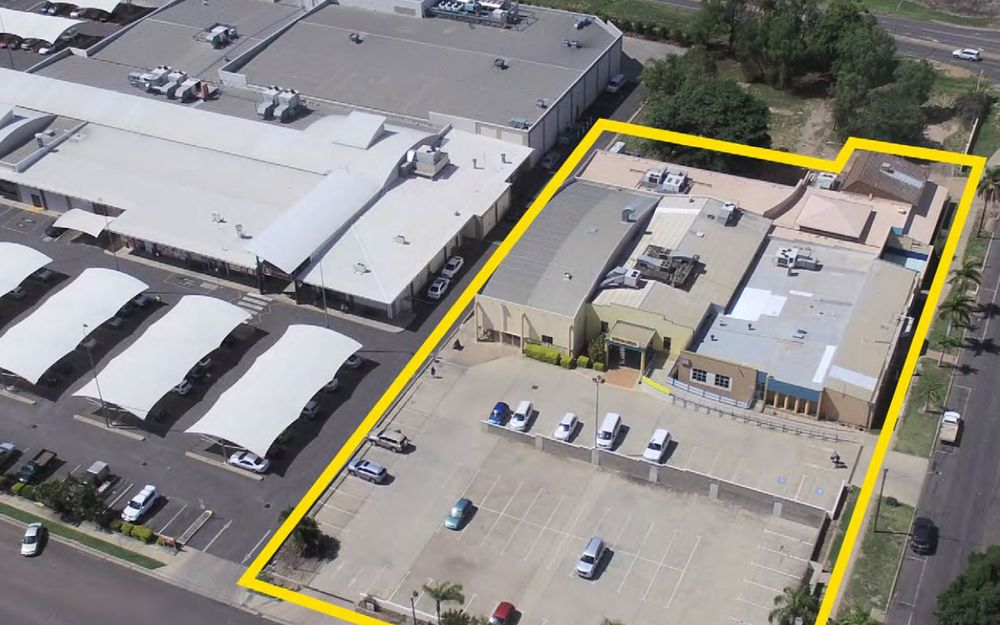 PRIME COMMERCIAL LOCATION FOR SALE OR LEASE