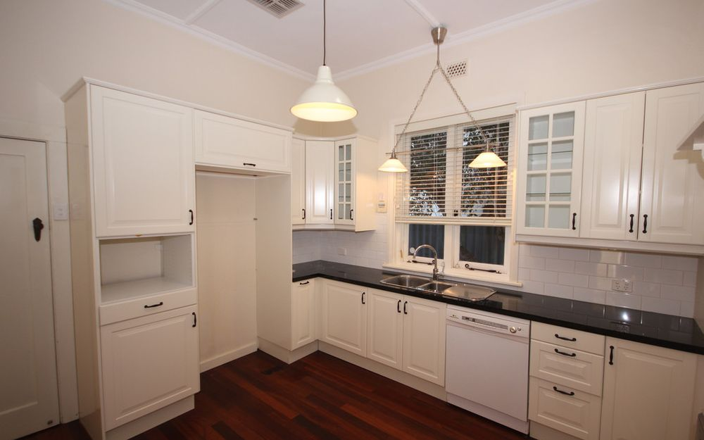 BEAUTIFULLY RENOVATED CHARACTER HOME IN POPULAR KENSINGTON AREA!