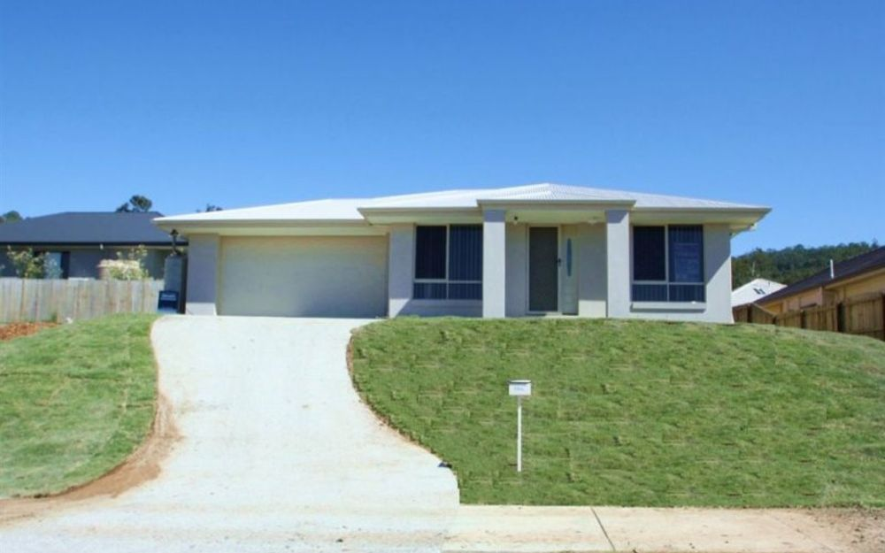 Upper Coomera- Sought After Estate 29 Warrandyte Street, Upper Coomera