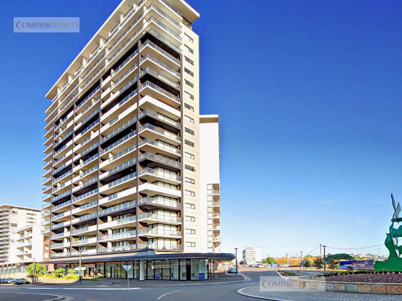 Modern 2 Bedroom Apartment on Level 9 with 250m to Wolli Creek station!