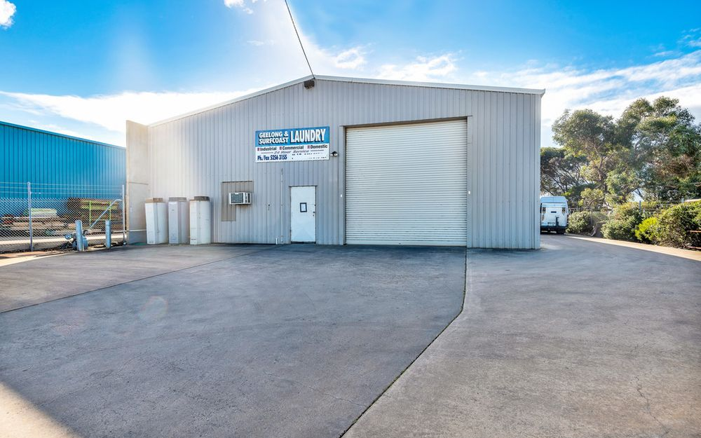 Superb Commercial Warehouse Opportunity with Tenants until 2022