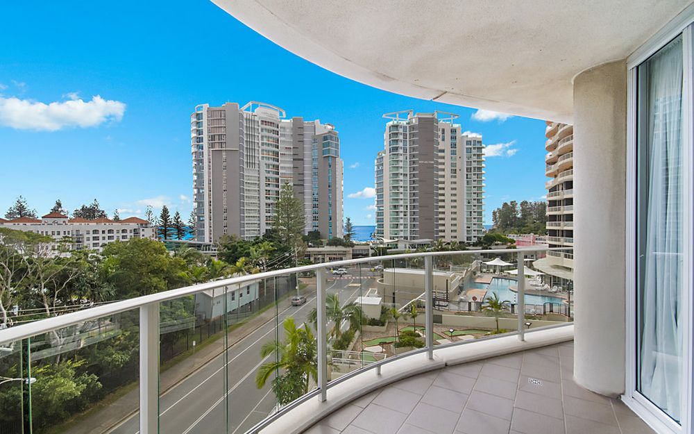 MANTRA HARBOUR TOWER APARTMENT – GREAT VALUE