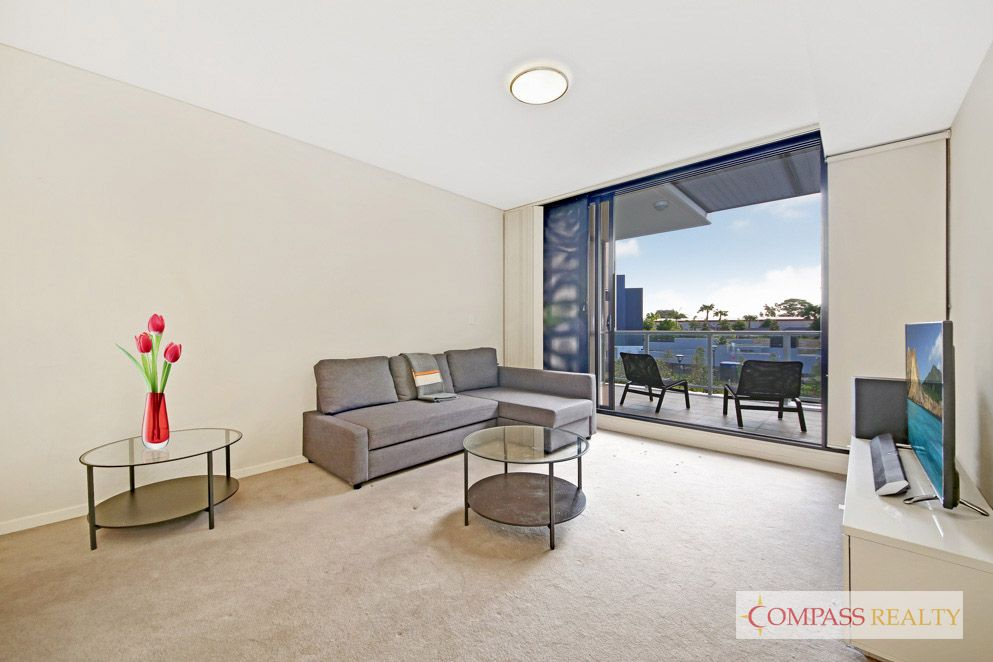 Like new 2 bedroom + study apartment in Emerald Park