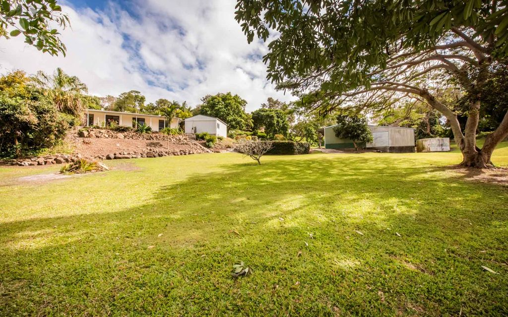 Country Living Close to Town – Price Heavily Reduced – Serious Offers Wanted