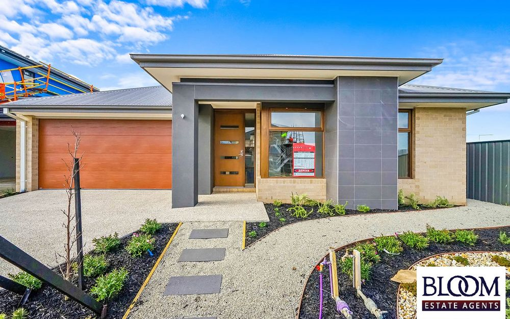 Bloom Estate Agents proudly presents Brand New House in Highlands Estate, Craigieburn