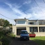 Two bedroom unit in popular Northcote