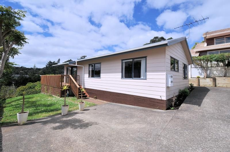 Well presented single level 3 bedroom house