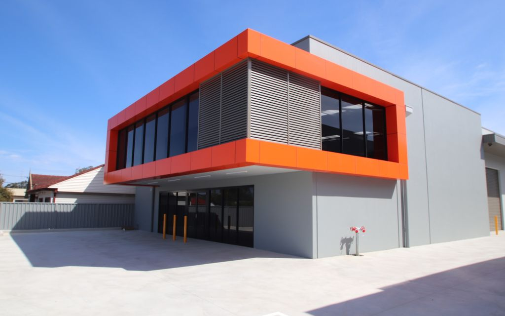 456 SQM INDUSTRIAL UNIT