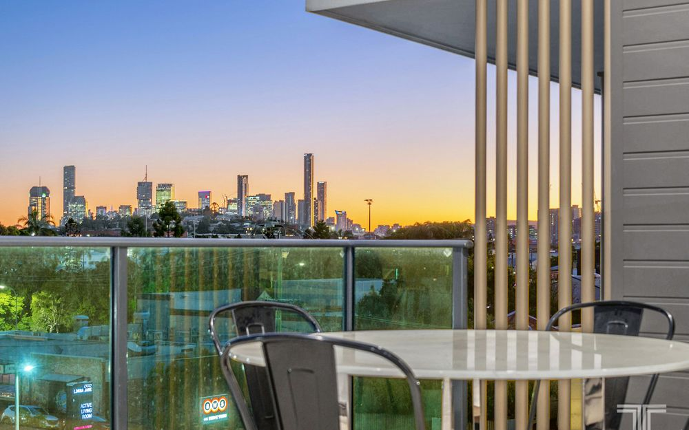 Exclusive Lifestyle with Captivating City Views