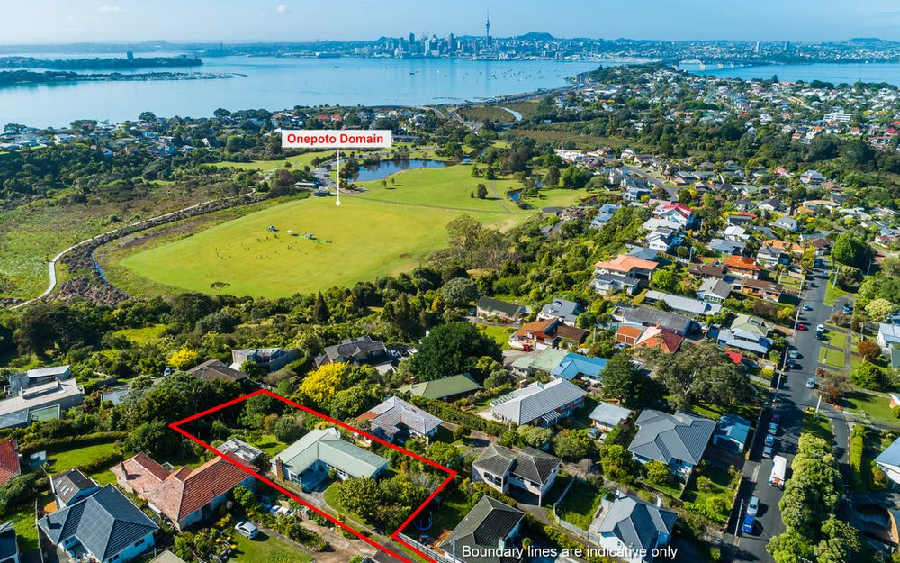 PRIME DEVELOPMENT LAND 1,199M2. CBD/HARBOUR VIEWS