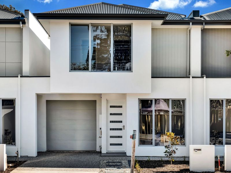 Brand new Torrens Title townhouses with quality features throughout!