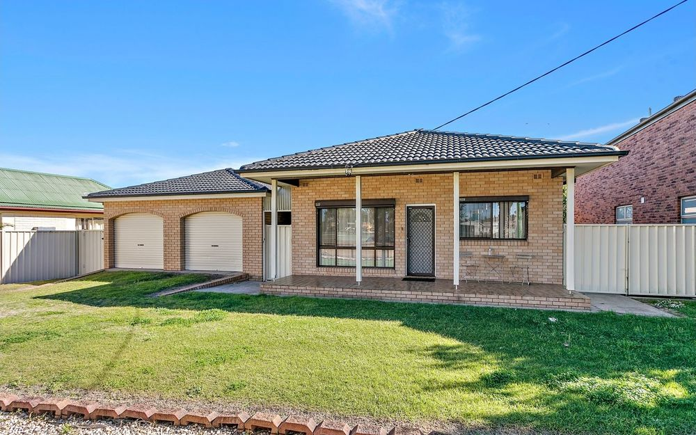 7 VIEW STREET, LAKE ILLAWARRA