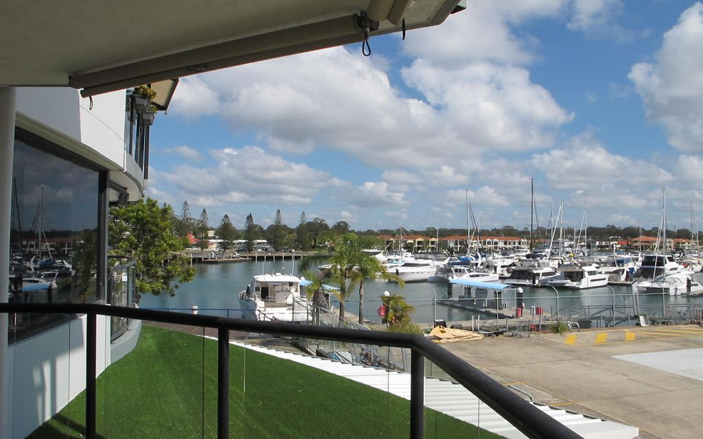 Direct Harbour View Raby Bay Harbour Apartment