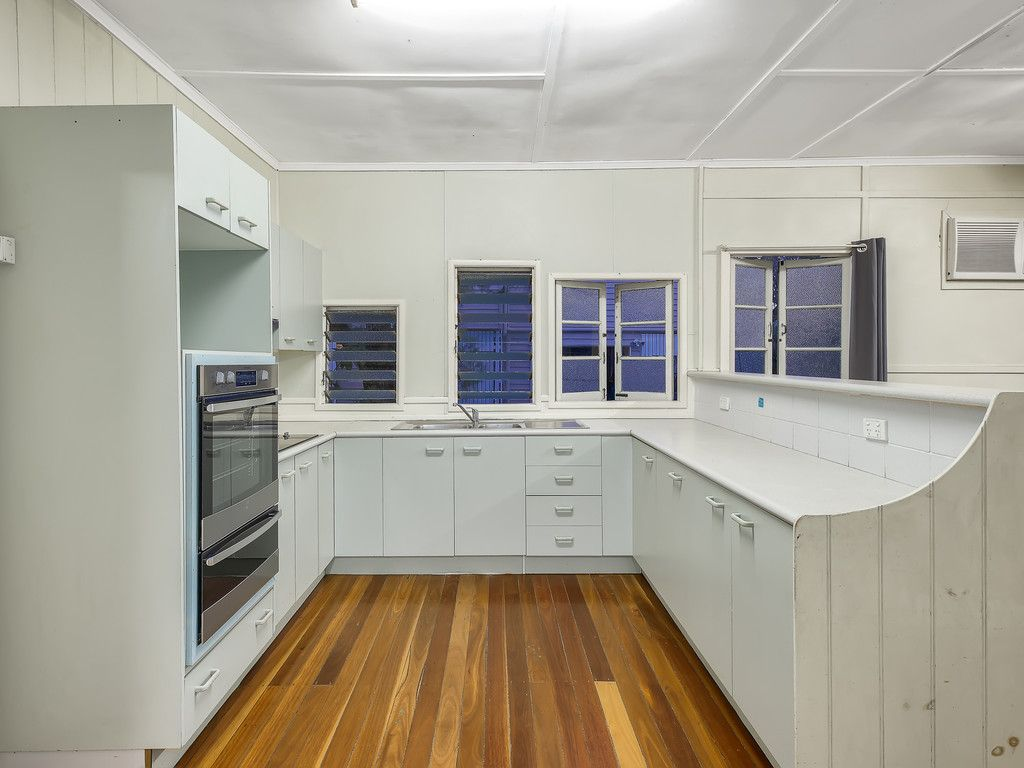 Cute Home in Mitchelton
