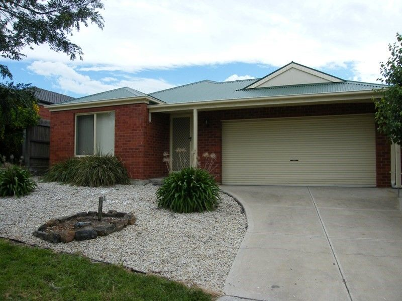 Low Maintenance 3 Bedroom Family Home – UNDER APPLICATION