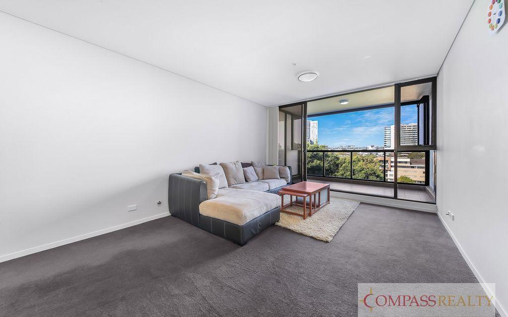 Furnished Split Level Two Bedroom Apartment   $800/week