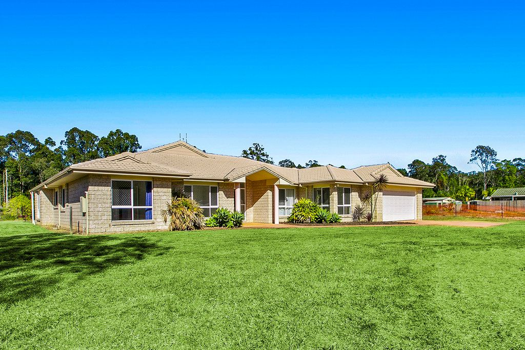 Buderim Family Home on a Flat Quarter Acre? – Yes Please!