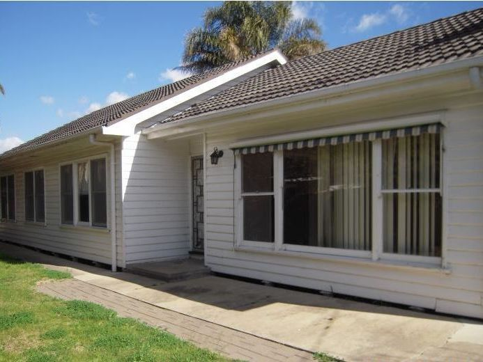 4 BEDROOM HOME, NORTH SHEPPARTON