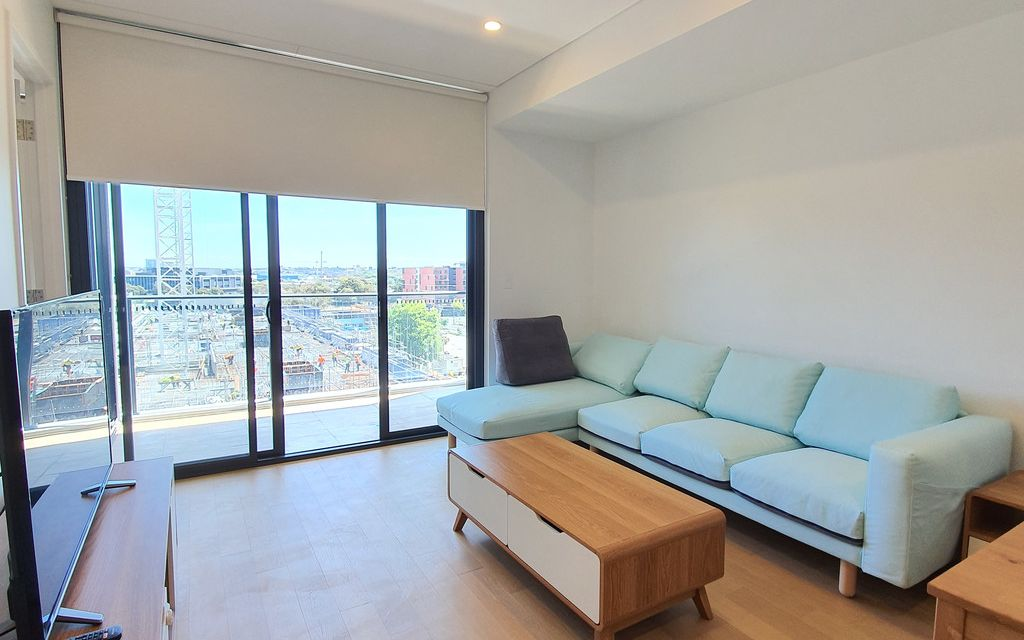 Green Square Brand new 2 Bedroom with Fully Furnished Apartment  3 month lease available Inspection by appointment or Sat open!