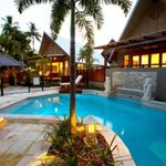 Balinese-style luxury holiday apartment metres from the beach