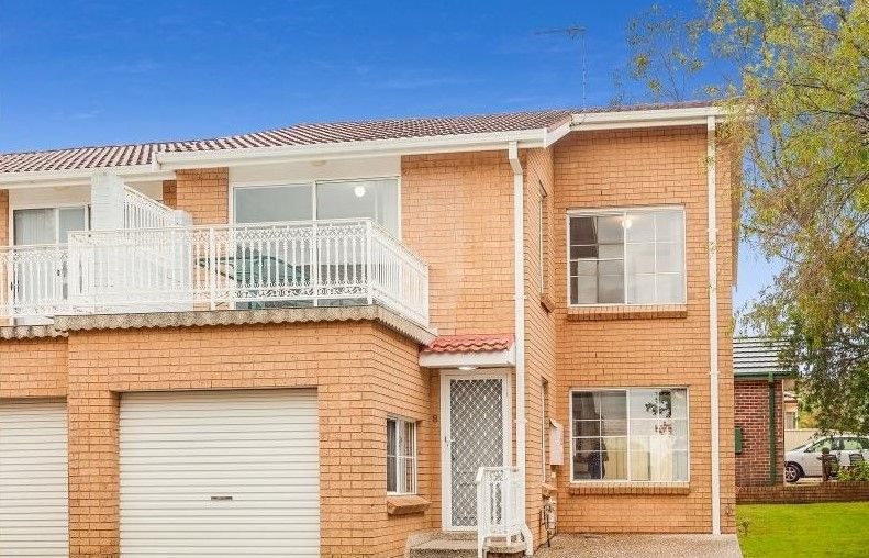 Townhouse Close to Marina Precinct and Village